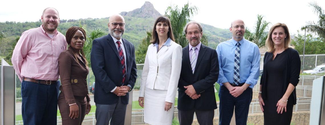 Ambassador Peterson Meets 6 U.S. Emergency Physicians